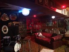 lazybones lounge-empty room